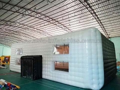 Great Fun Airtight Inflatable Cube Tent in Wholesale Price